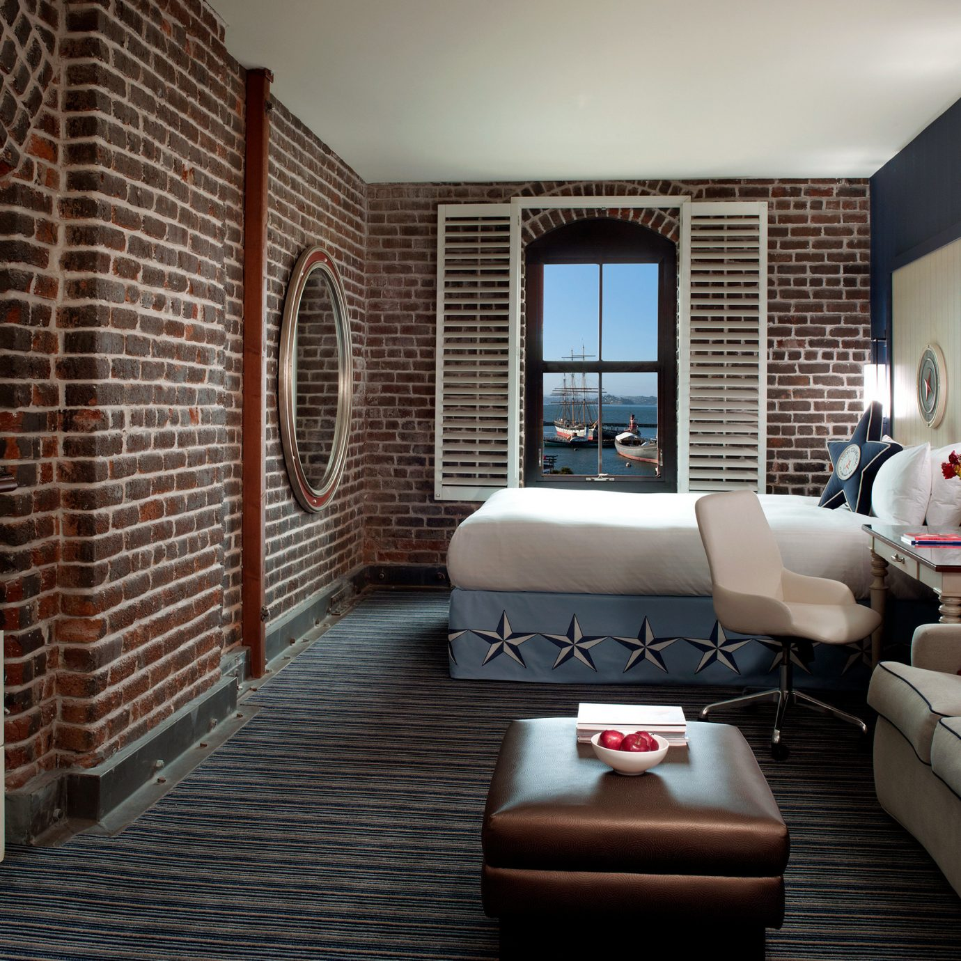 Bedroom City Historic Hotels Trip Ideas sofa living room property condominium home Suite Lobby