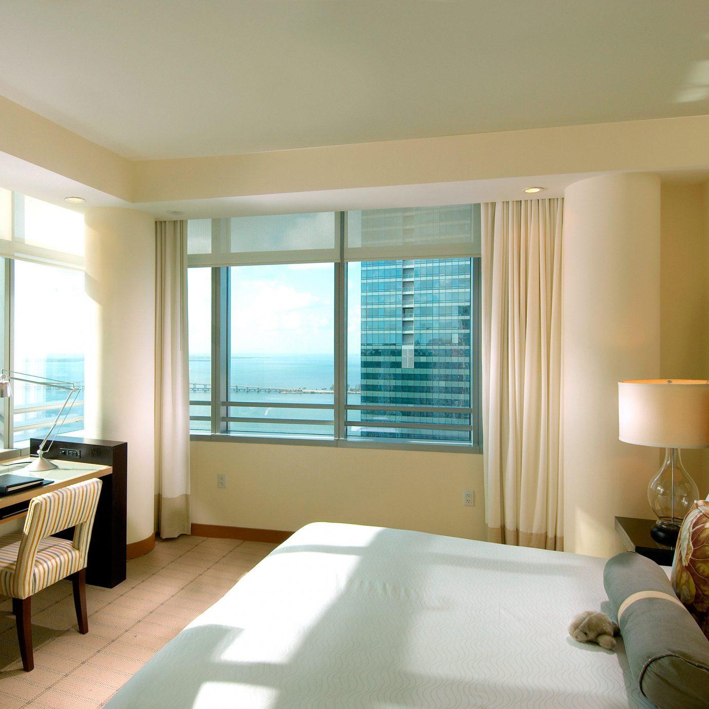 Bedroom City Waterfront sofa property condominium living room home Suite Modern