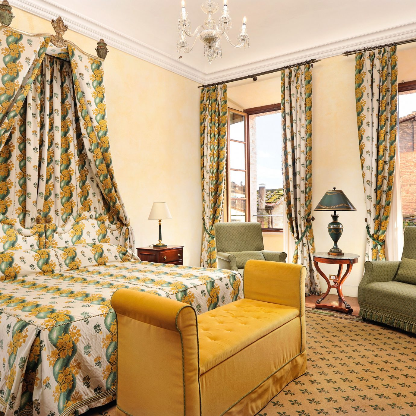 Bedroom Classic Elegant Historic Luxury Romance Romantic property living room home cottage Suite