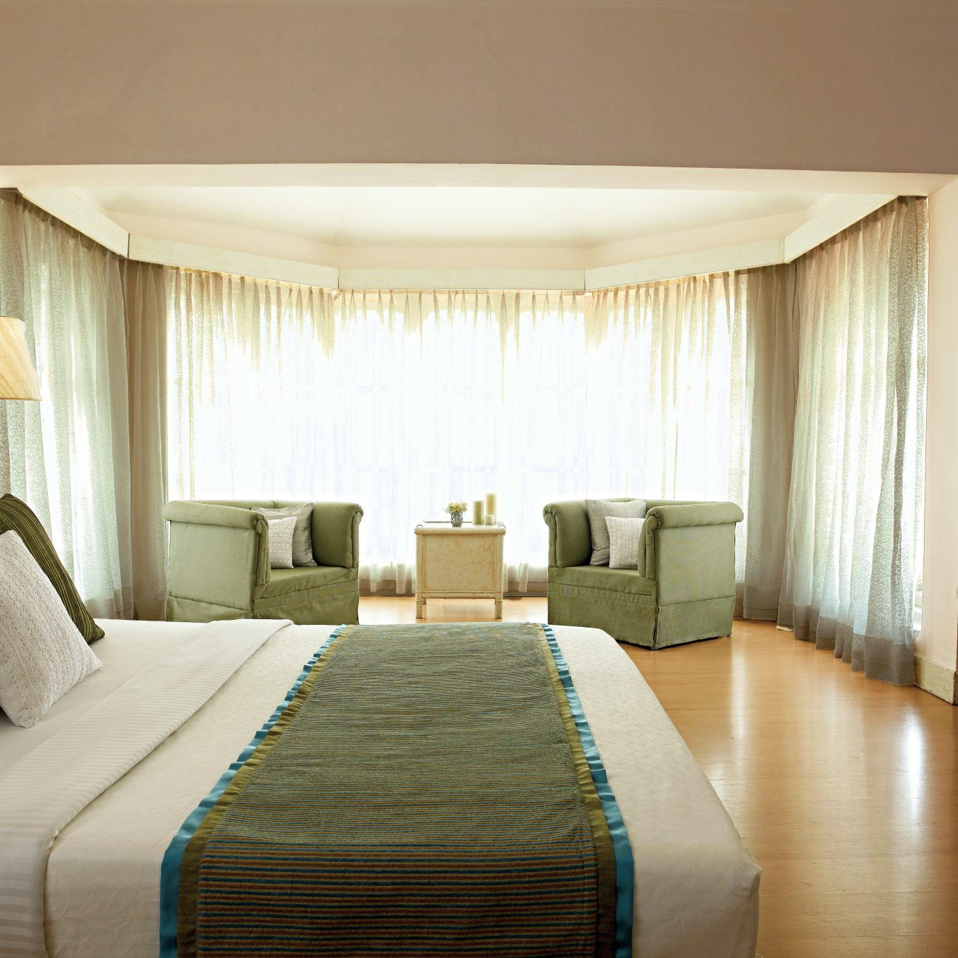 Bedroom Classic Elegant Lounge Suite pillow