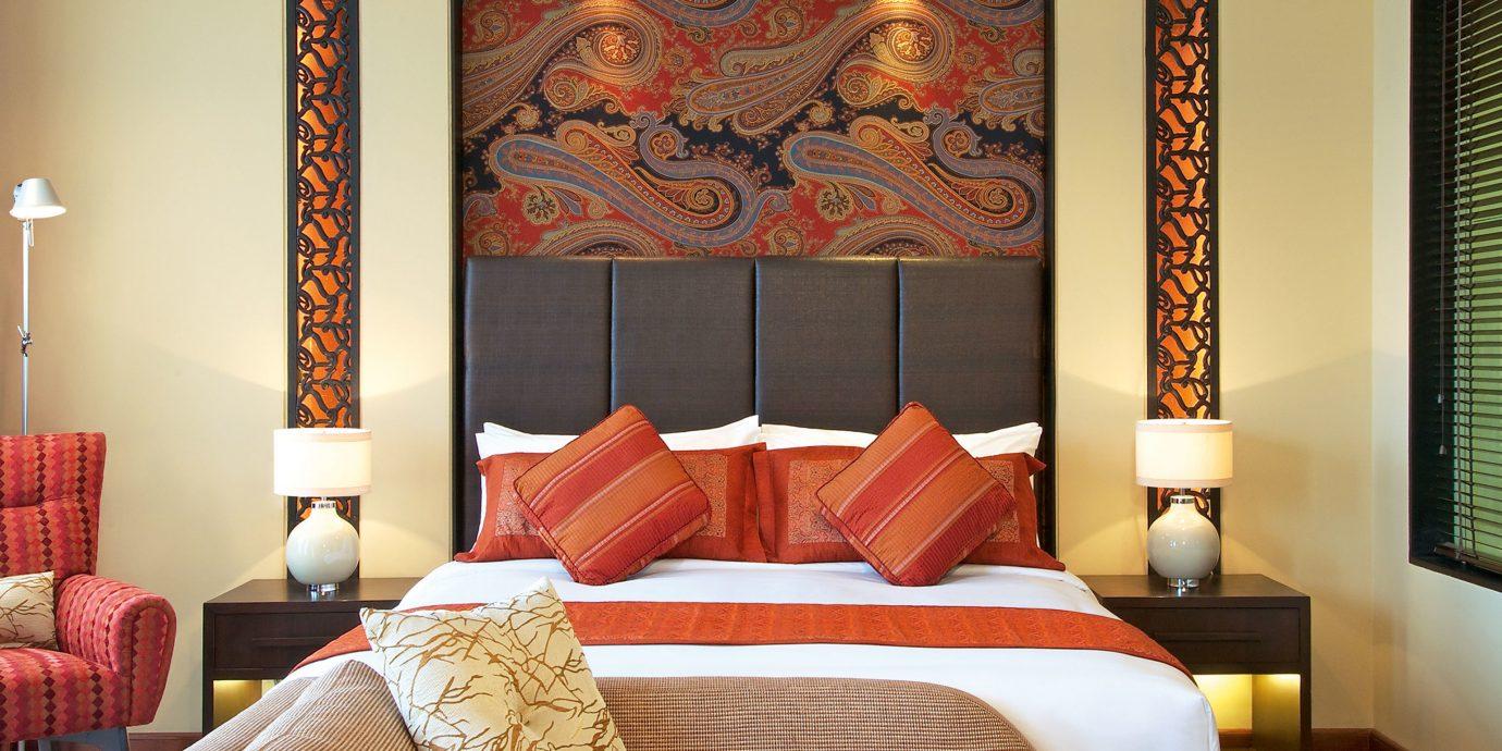 Bedroom Classic Luxury Resort sofa Suite scene living room colorful