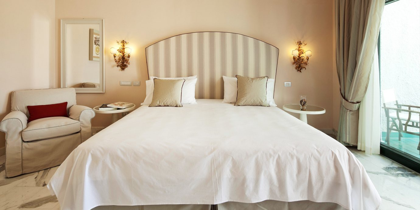 Bedroom Classic Luxury property white scene Suite cottage bed sheet bed frame pillow night