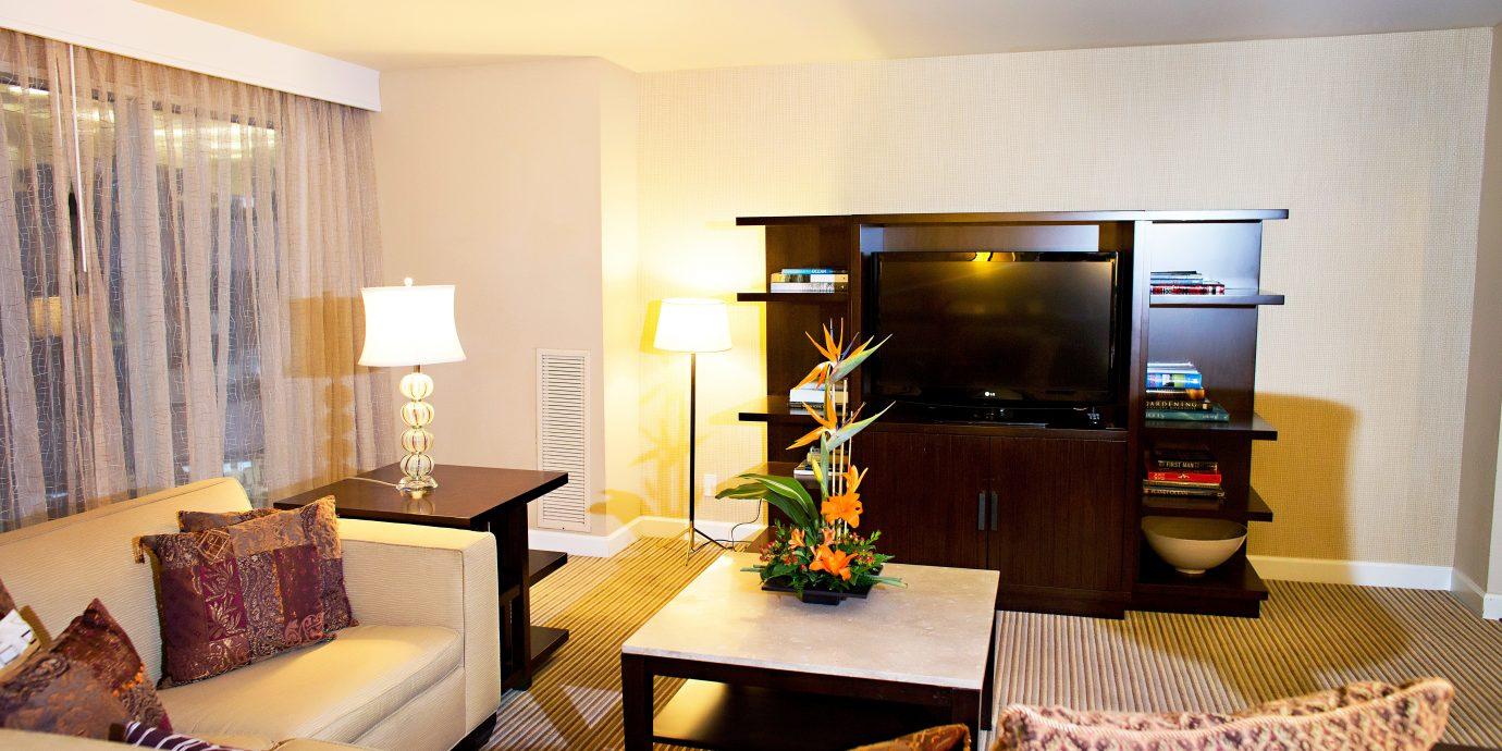 Classic Resort living room property condominium home Suite cottage Villa Bedroom flat Modern
