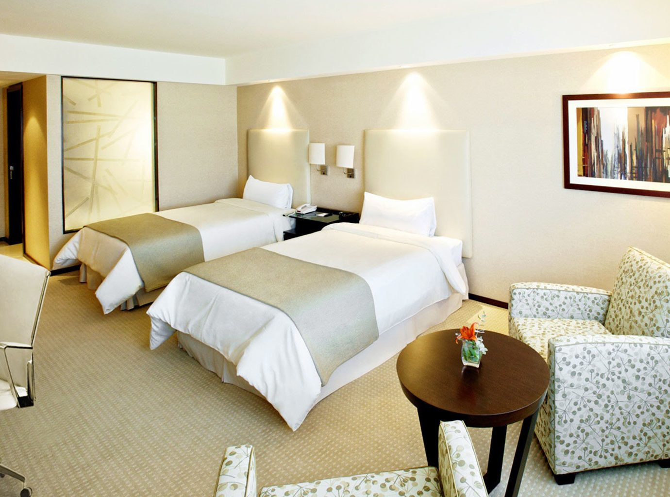 Bedroom Classic Resort property Suite living room cottage condominium Villa