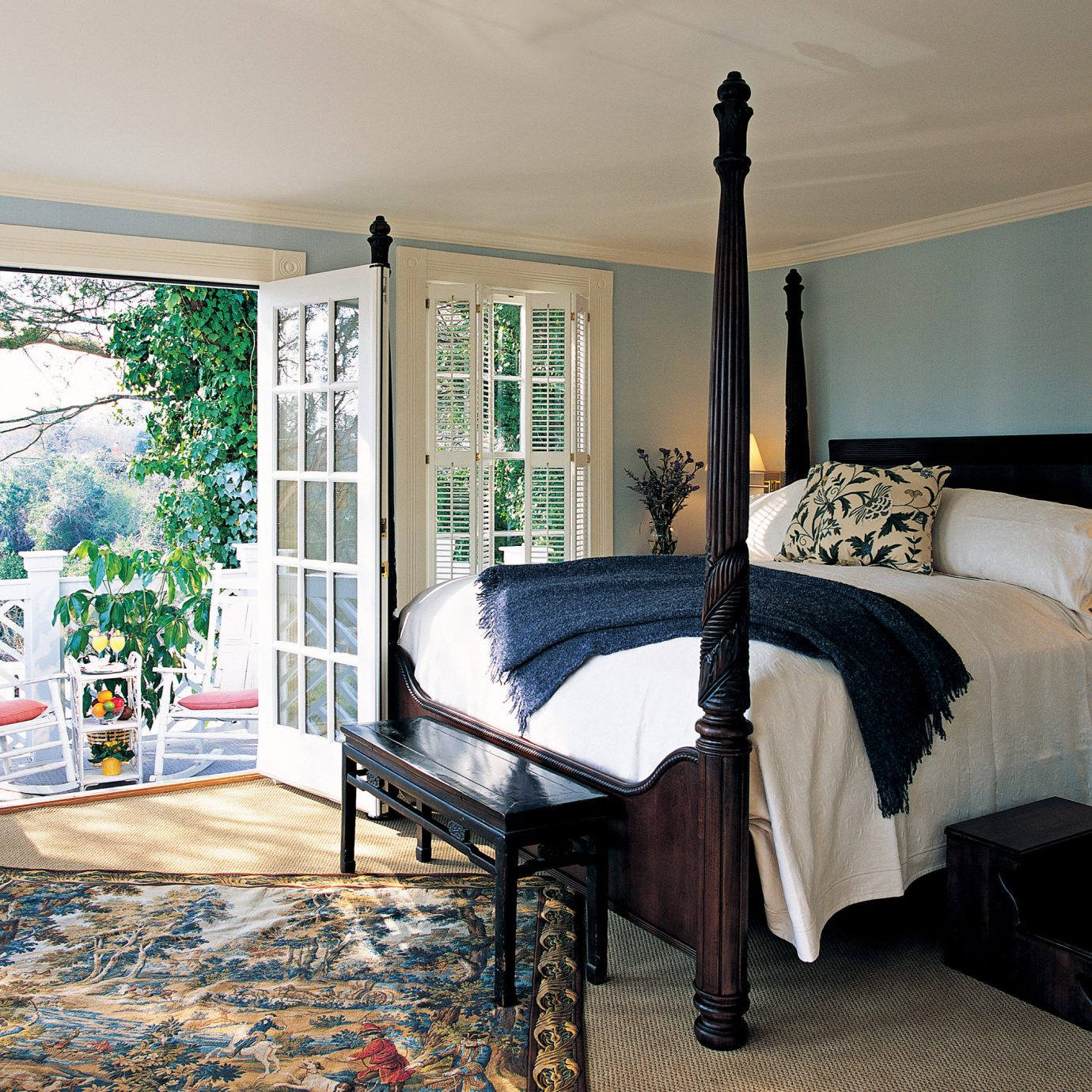 Bedroom Classic Suite property home living room bed sheet cottage rug