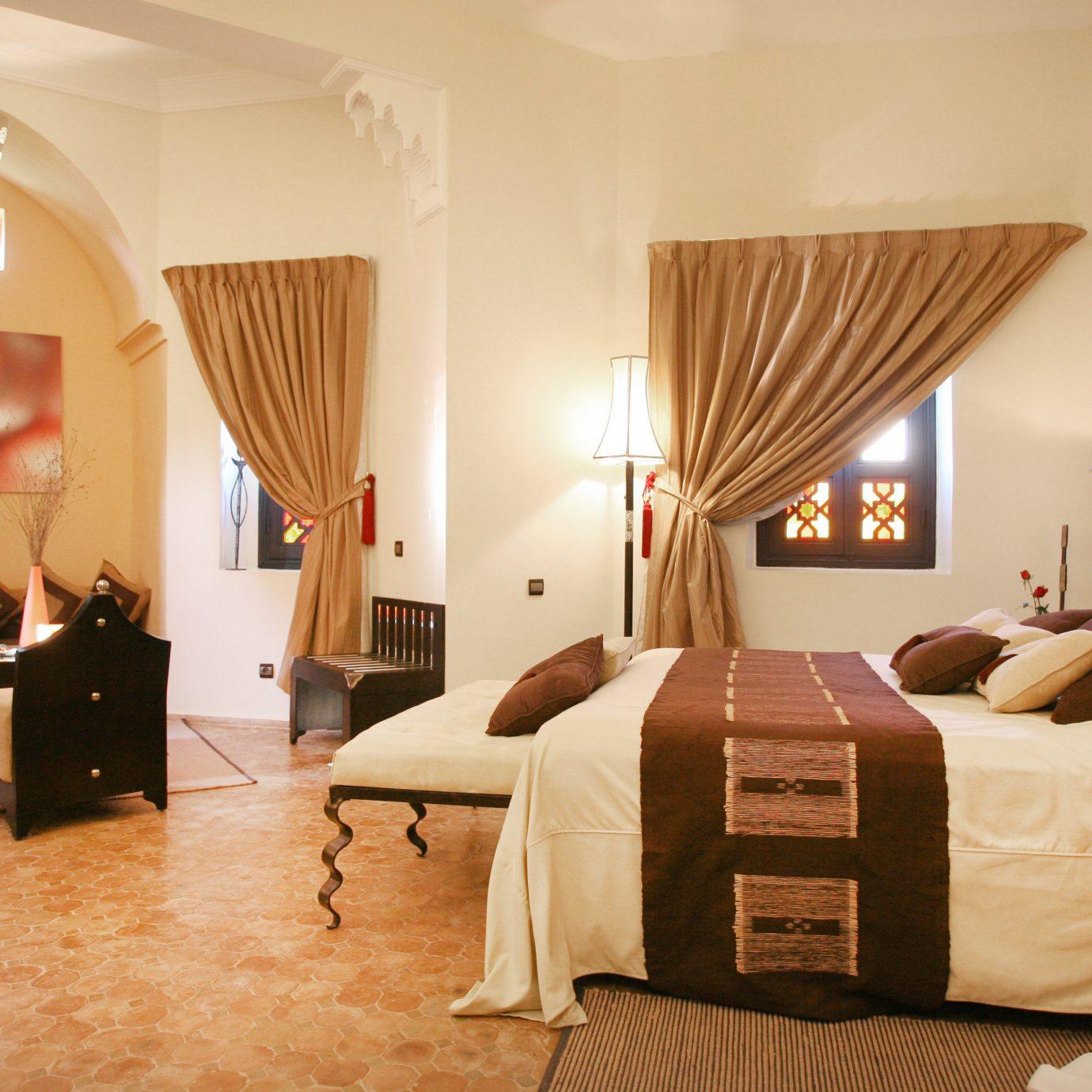 Bedroom Classic property Suite cottage living room Villa