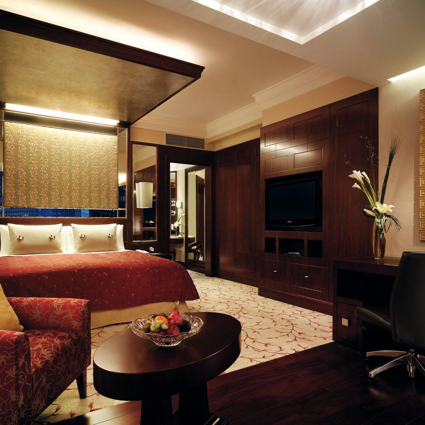 Bedroom Elegant Hip Luxury Suite sofa property living room home condominium recreation room Lobby