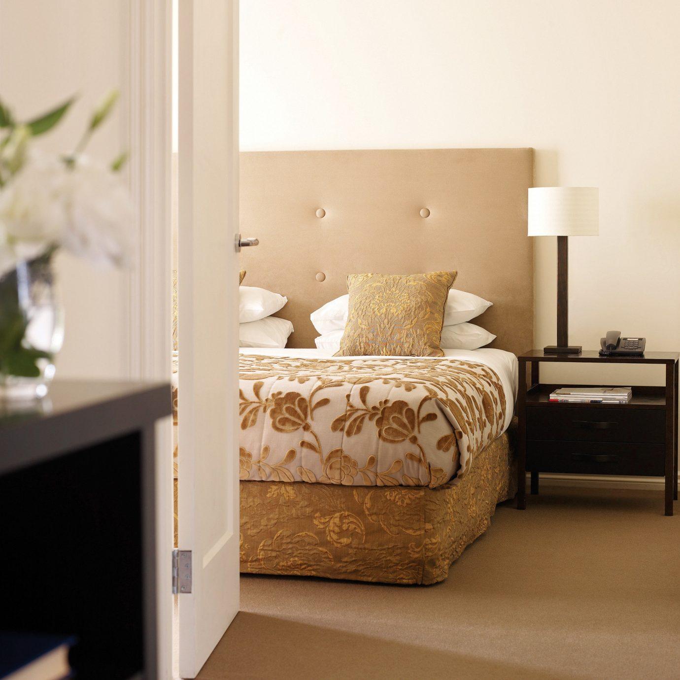 Bedroom Elegant Luxury Suite living room home bed sheet bed frame studio couch flooring