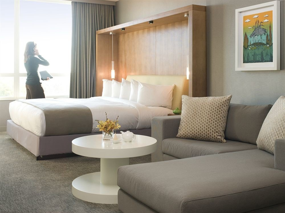 Bedroom Hip Luxury Modern Suite sofa living room property home couch condominium