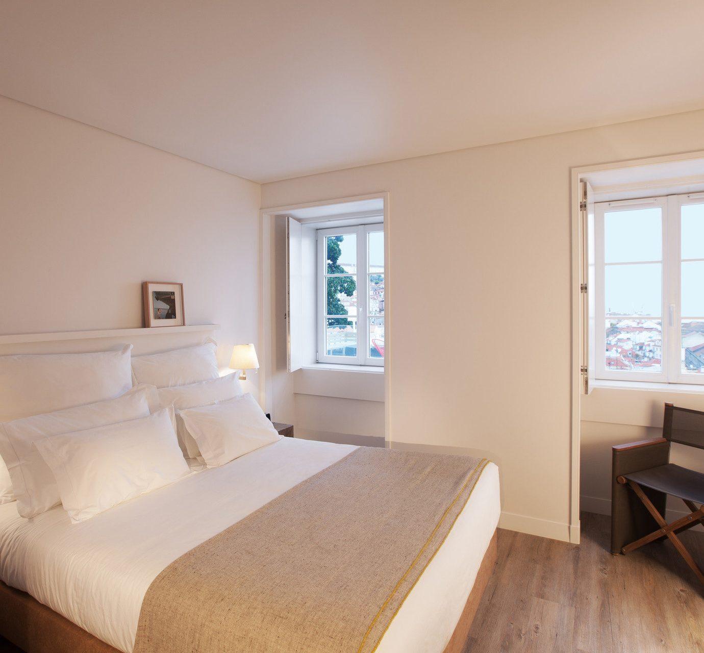 Hotels property Bedroom Suite cottage home living room