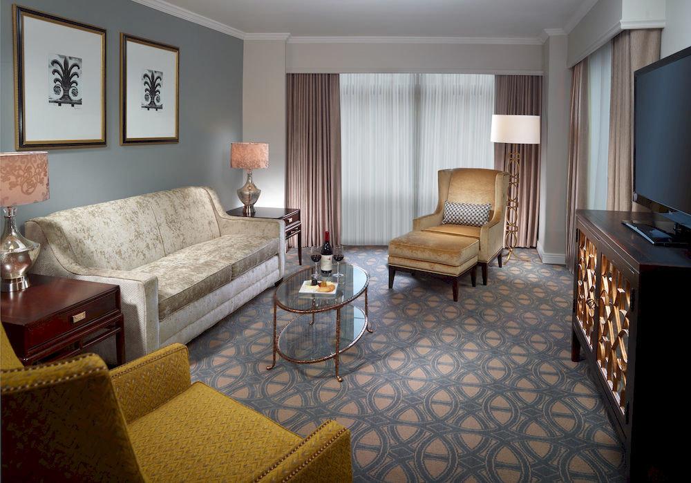 Lounge Modern sofa property Suite living room cottage home Villa condominium Bedroom
