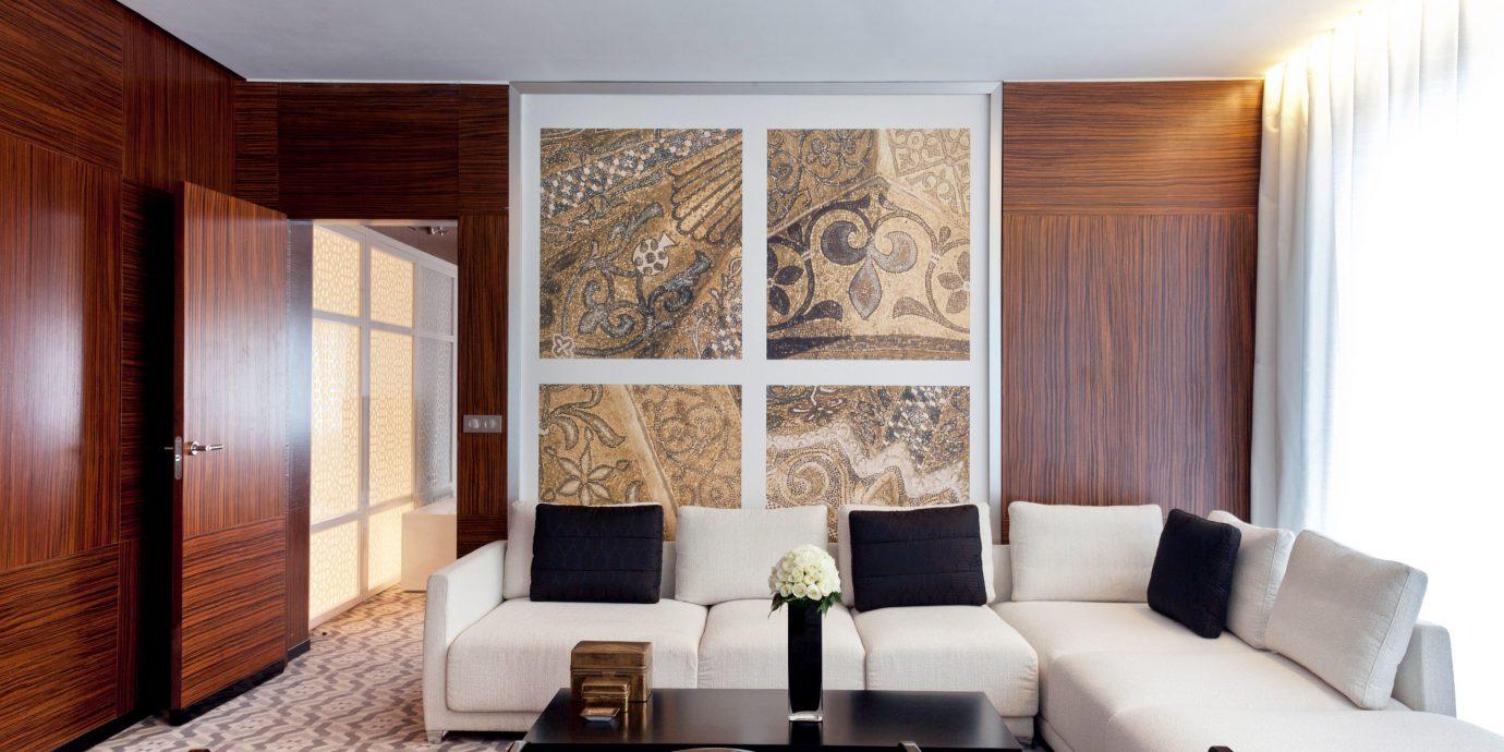 Bedroom Luxury Modern Spa sofa property living room Suite home seat