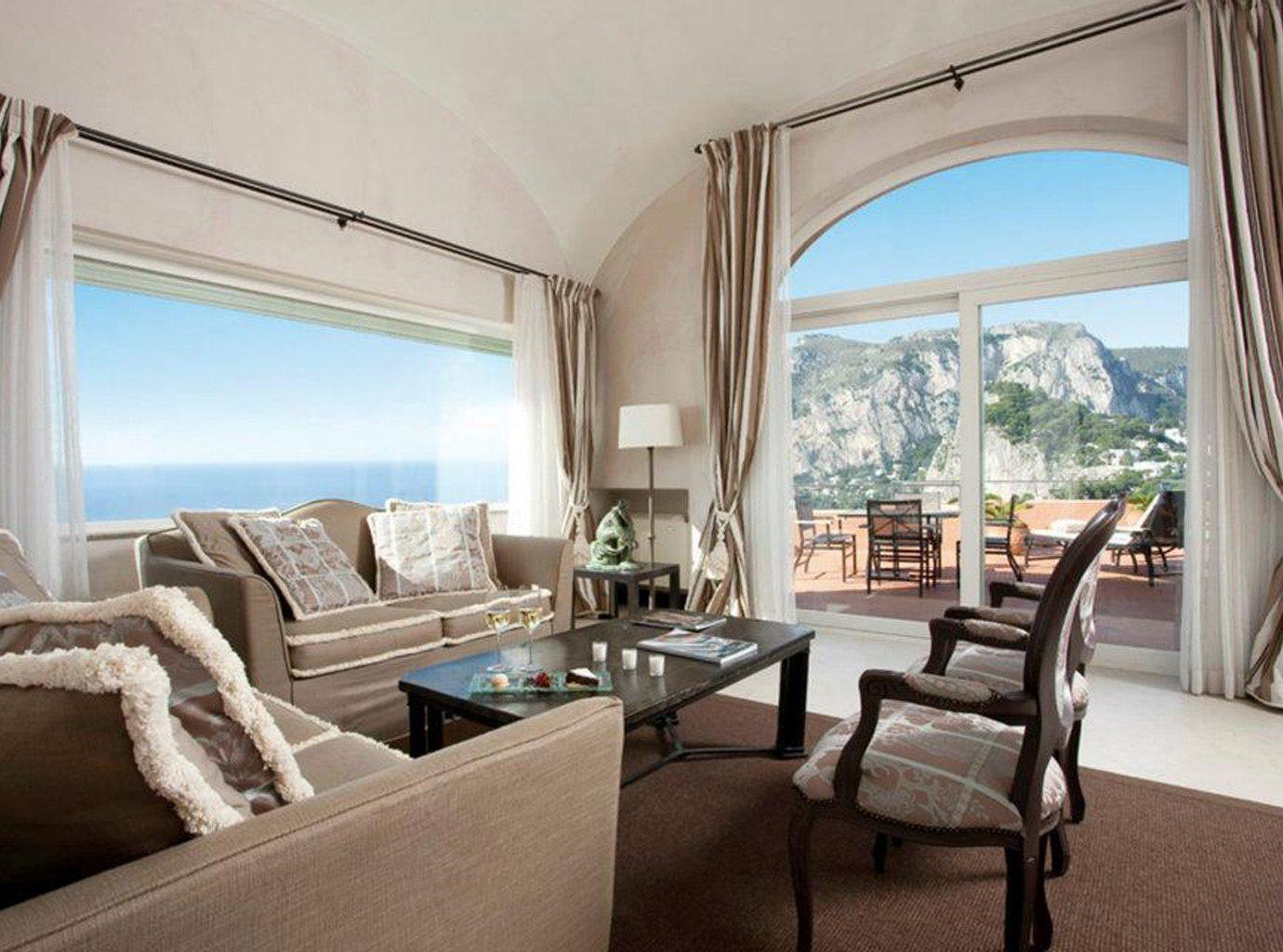 Luxury Suite property living room home Villa condominium mansion Bedroom Resort cottage overlooking