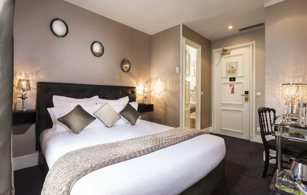 property Suite Bedroom cottage Modern