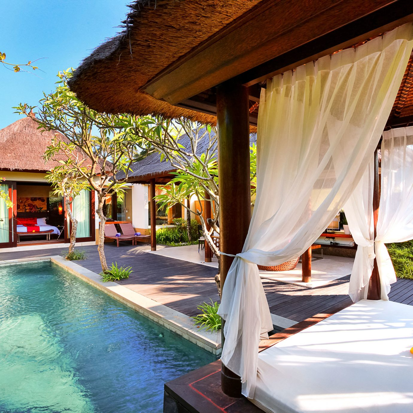 Bedroom Play Pool Resort Villa tree leisure property swimming pool home backyard eco hotel