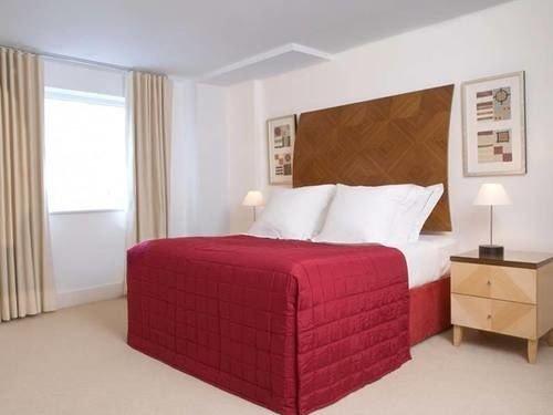 Bedroom property red Suite bed frame bed sheet