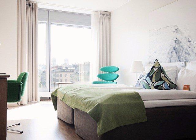 Bedroom property home green living room bed sheet bed frame cottage Suite lamp