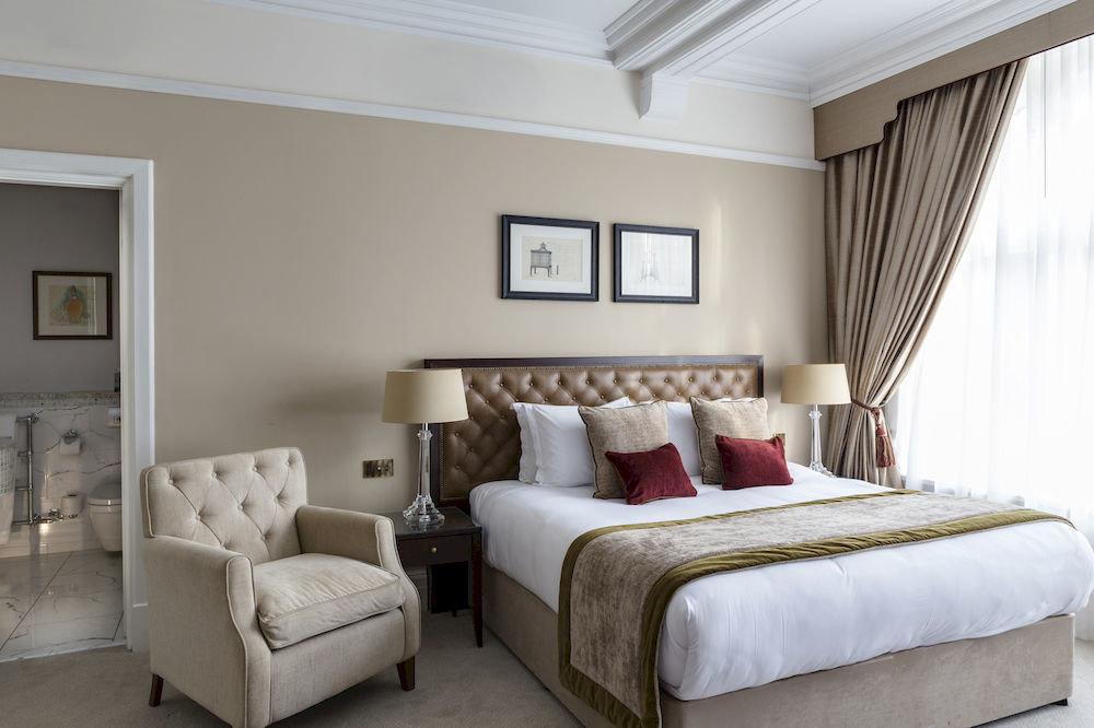 sofa property Bedroom living room home Suite cottage bed frame flat