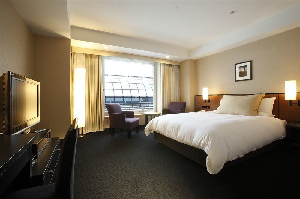 Bedroom property Suite condominium