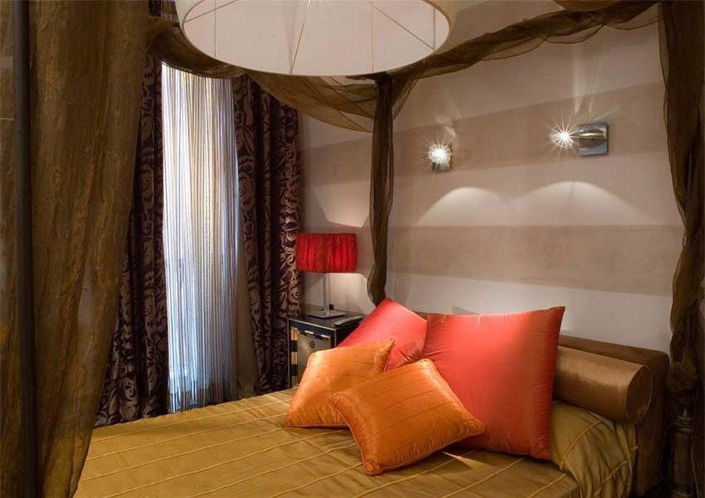 property Suite Bedroom curtain cottage living room orange