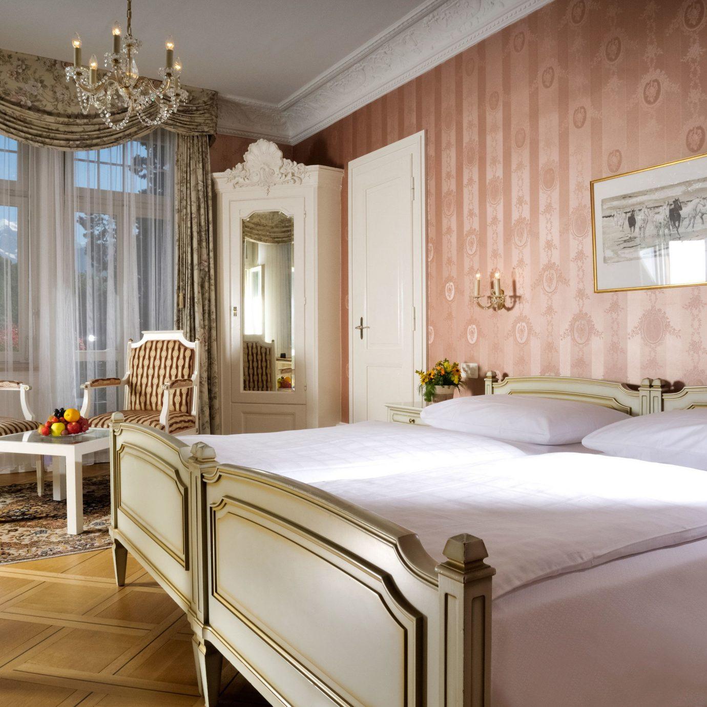 property Bedroom Suite home mansion Villa bed frame cottage