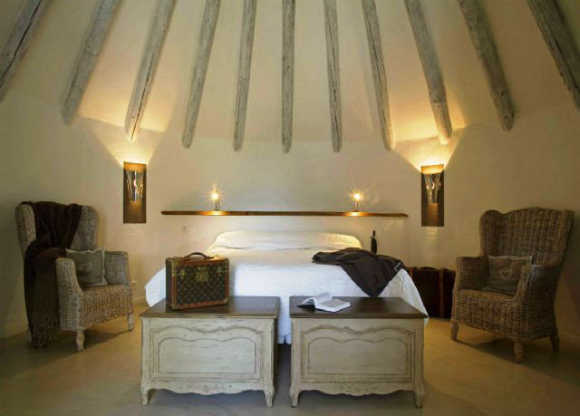property building cottage Villa Suite Bedroom lamp