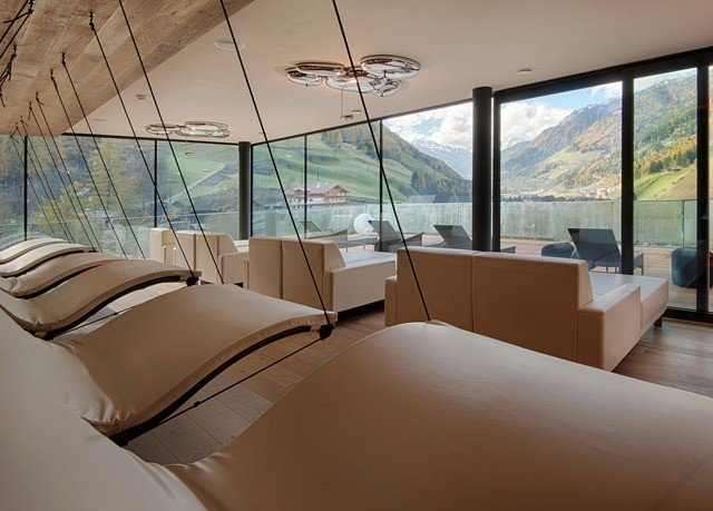 property Bedroom condominium Suite Villa yacht