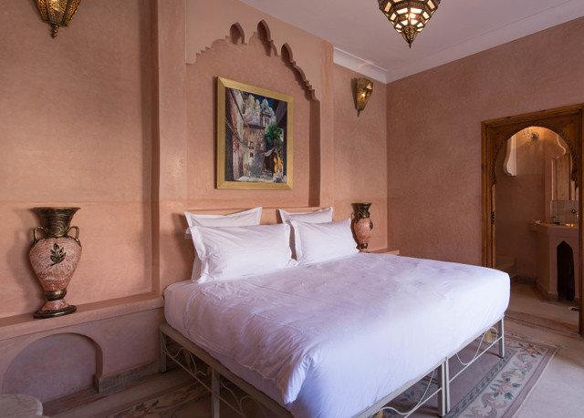 property Bedroom Suite cottage Villa mansion night