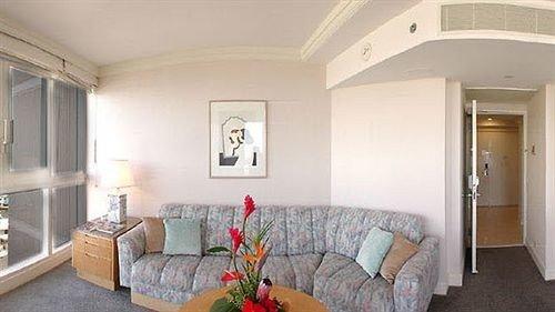 sofa property home cottage living room Villa Bedroom farmhouse Suite mansion