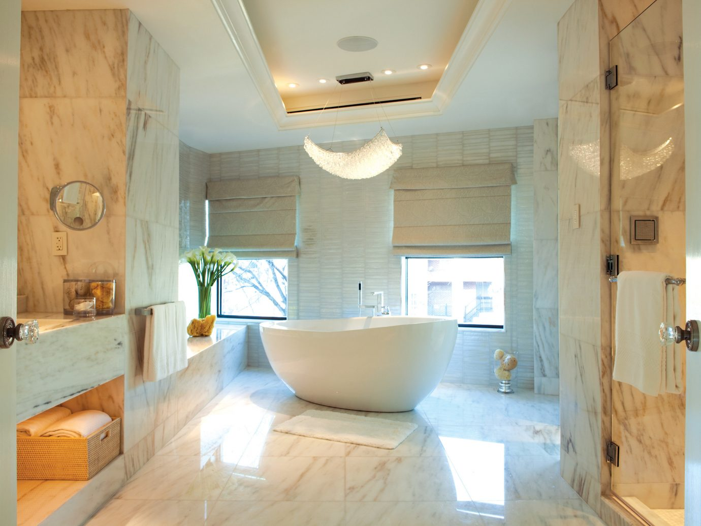 Bath Elegant Hotels indoor wall bathroom room property house floor home estate interior design cottage sink real estate Design farmhouse flooring apartment tub