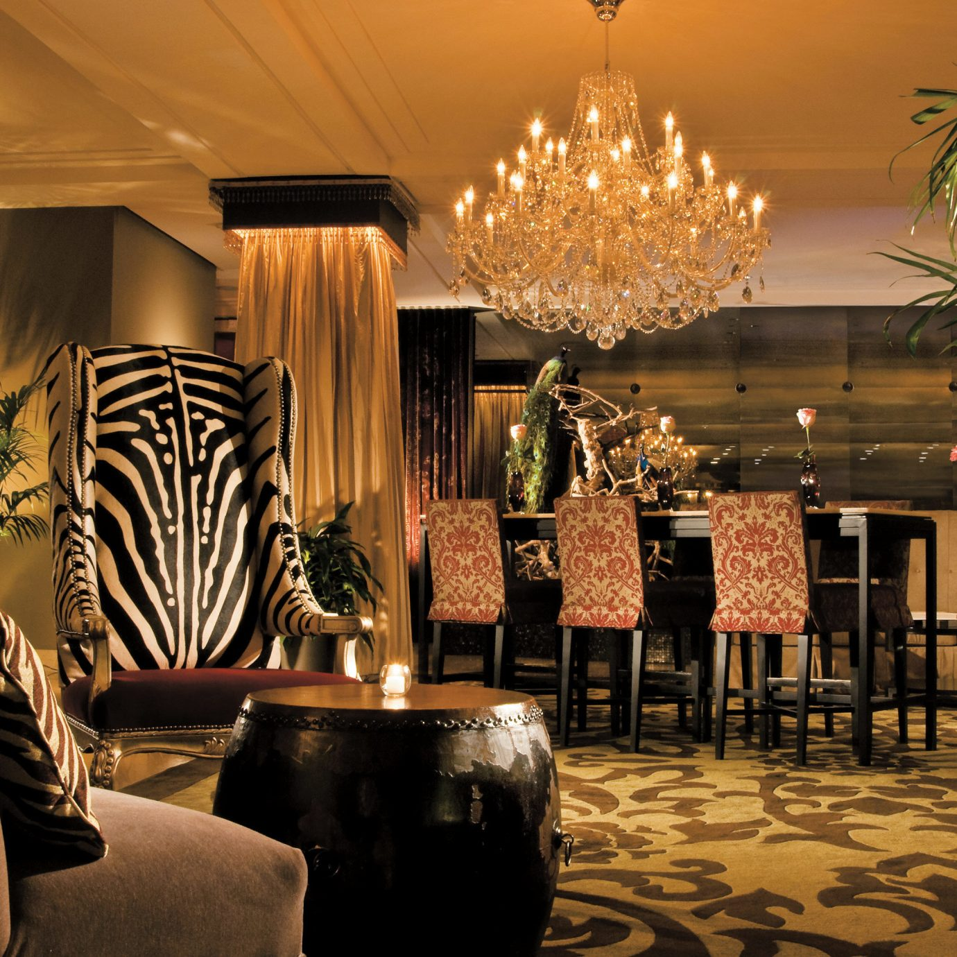 Boutique Elegant Hip Lounge Lobby restaurant function hall ballroom