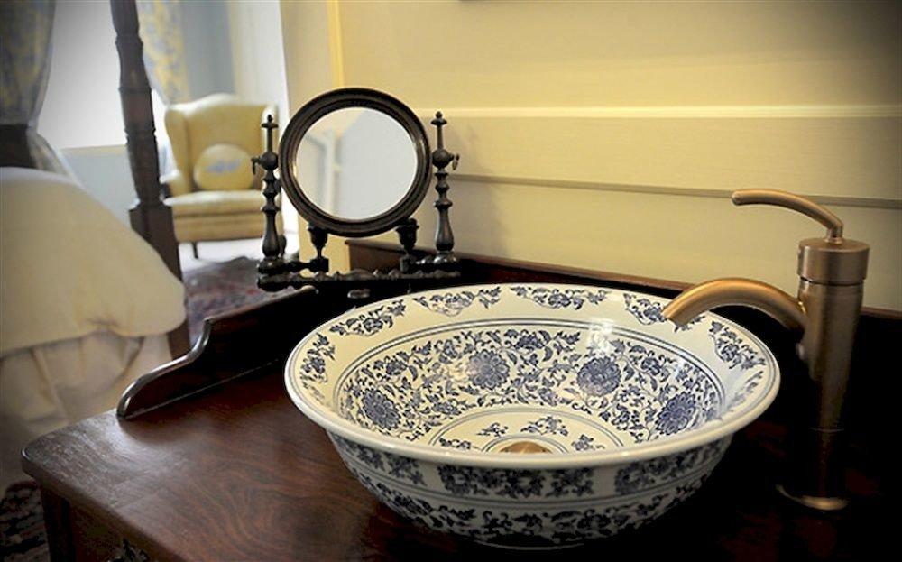 bowl plumbing fixture porcelain