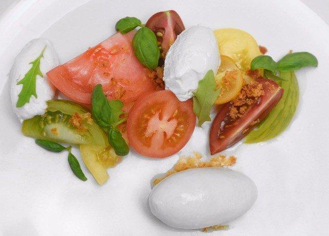food plate salad breakfast cuisine vegetable piece de resistance