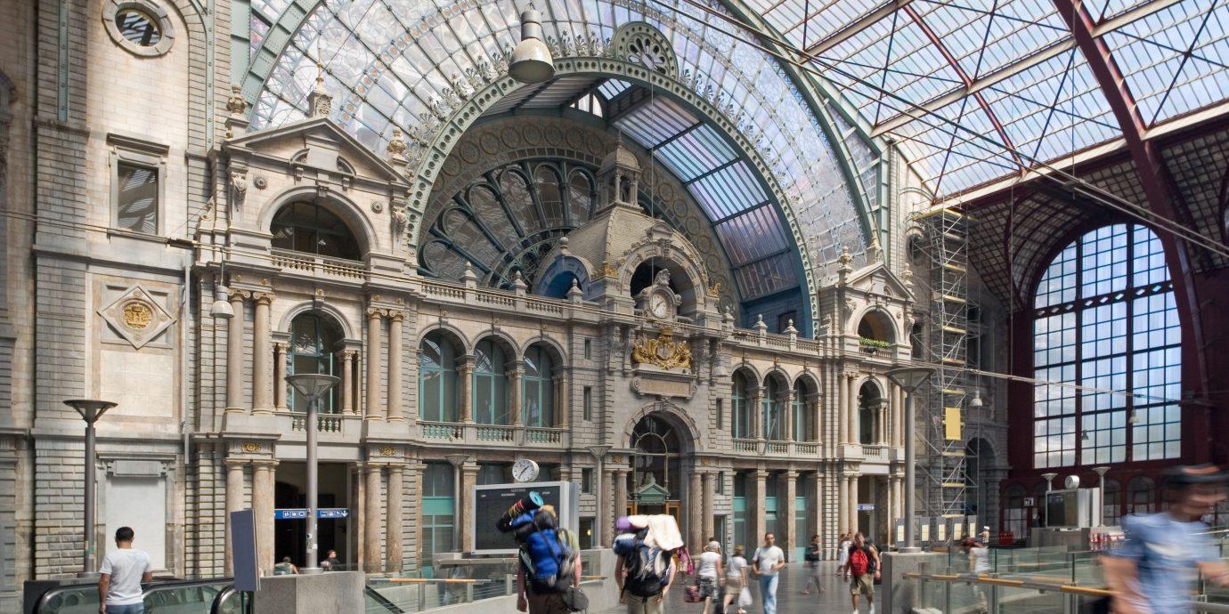 Travel Tips building Architecture plaza arcade tourism arch