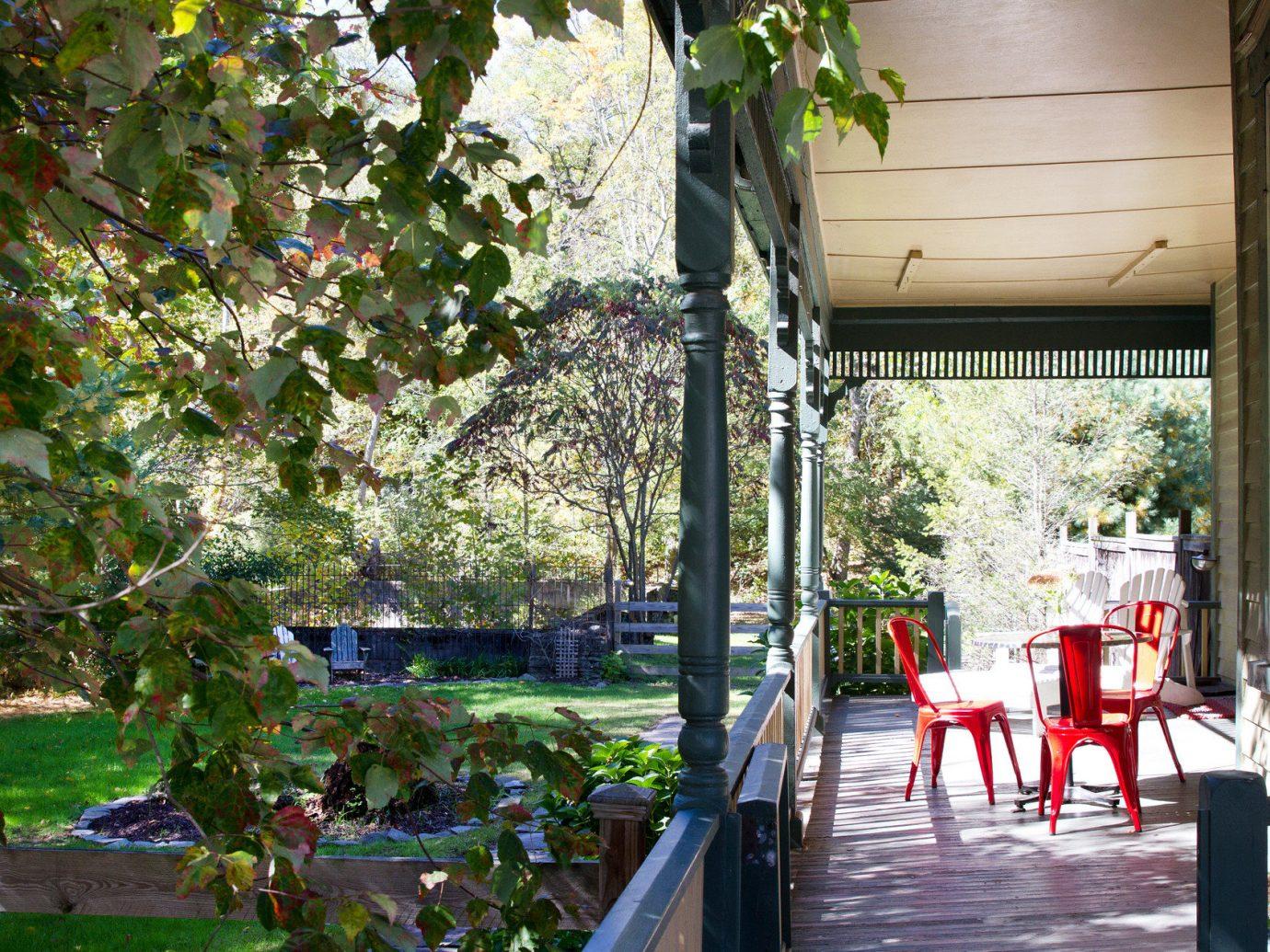Trip Ideas tree outdoor backyard flower estate Garden porch Resort Courtyard restaurant cottage outdoor structure
