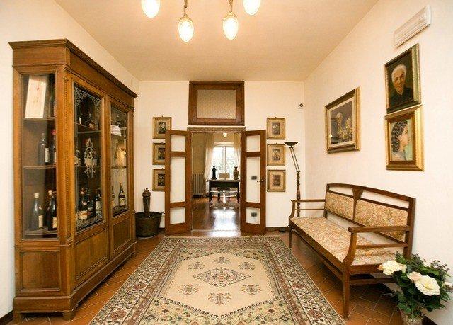 property living room mansion home hall condominium rug