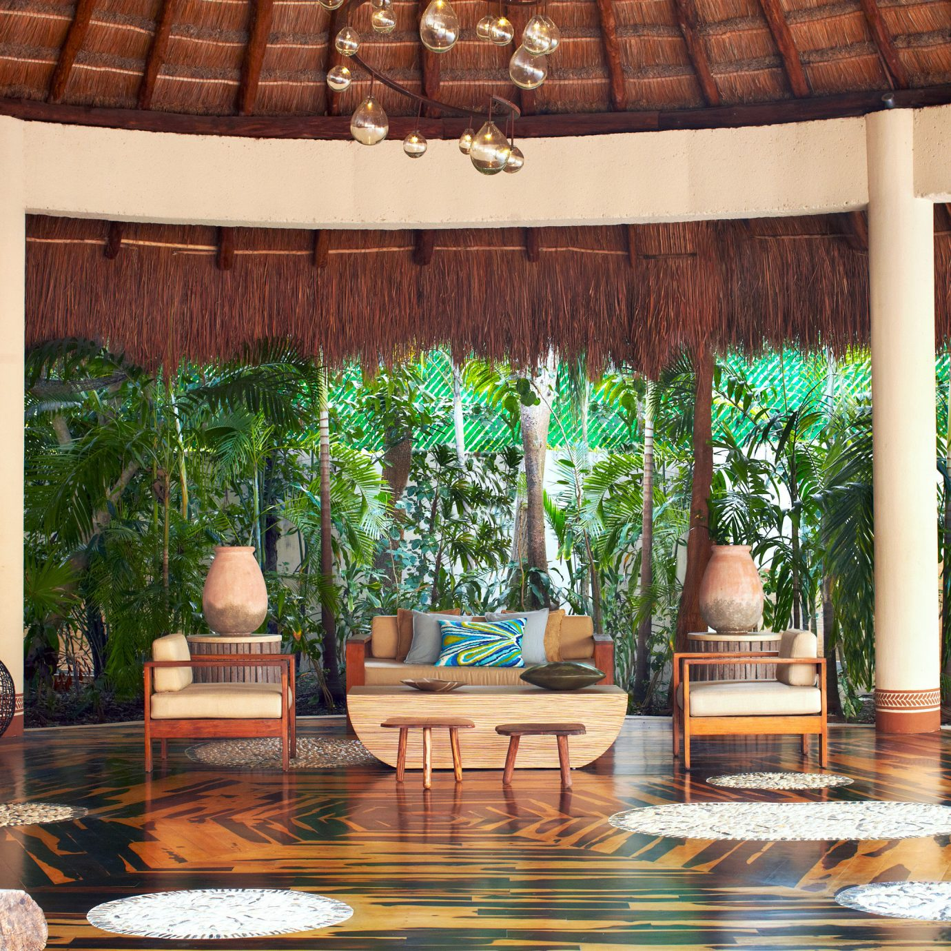 Elegant Lounge Outdoors Patio Romantic Tropical backyard outdoor structure home porch Courtyard living room Garden