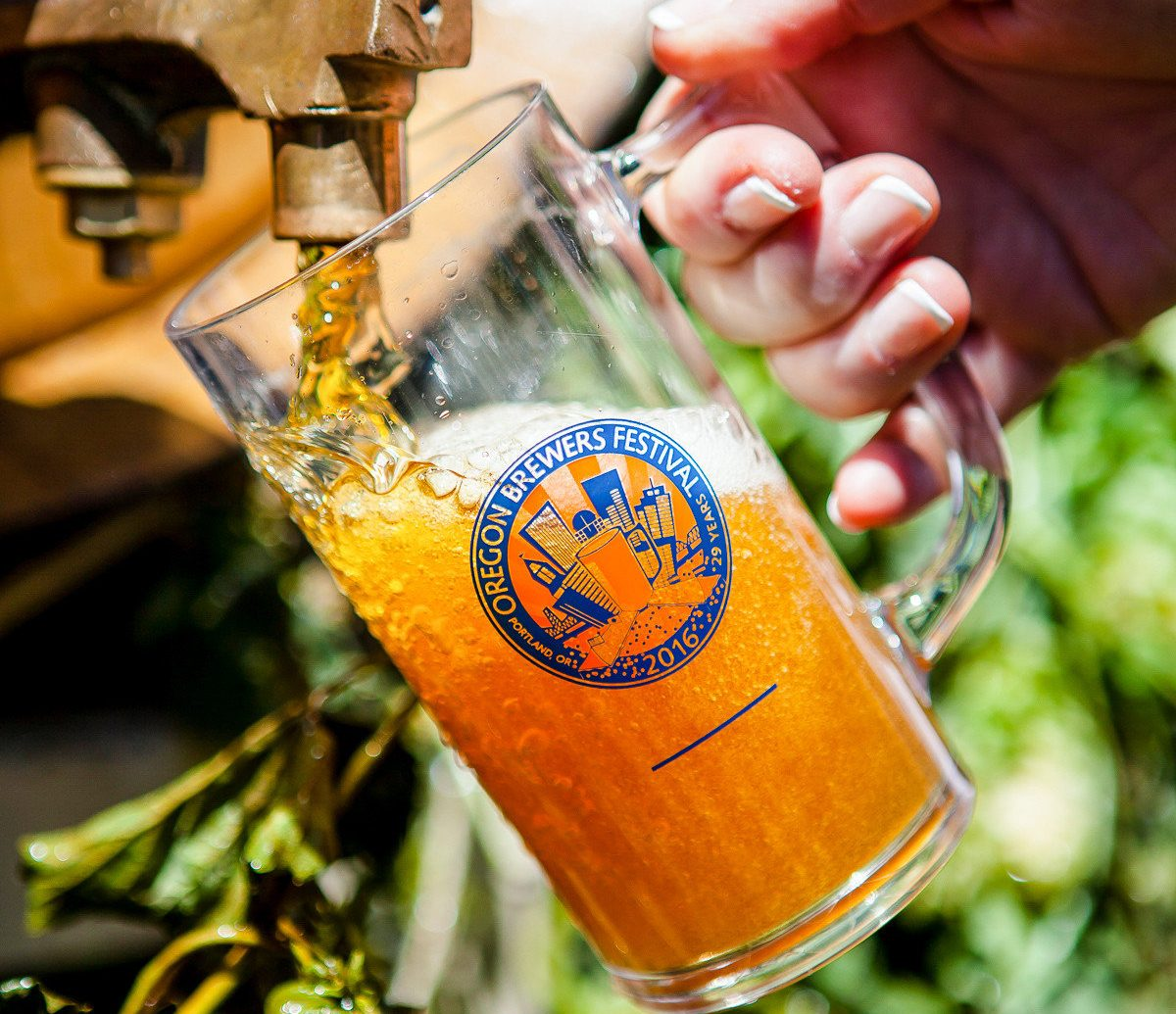 Offbeat tree person Drink outdoor alcoholic beverage beer liqueur alcohol distilled beverage local food close