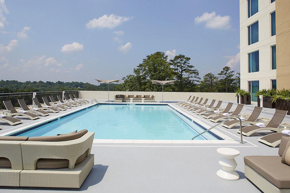 Lounge Luxury Pool sky swimming pool property leisure condominium Villa reflecting pool Resort backyard Deck