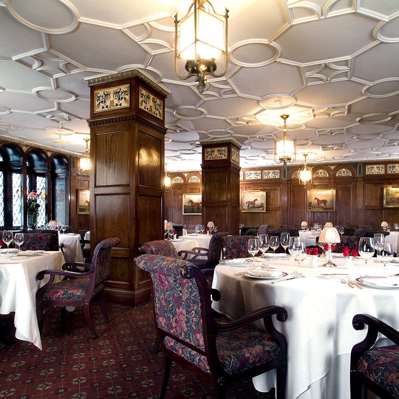 Dining Drink Eat Elegant Historic Lounge Luxury Modern function hall restaurant ballroom banquet