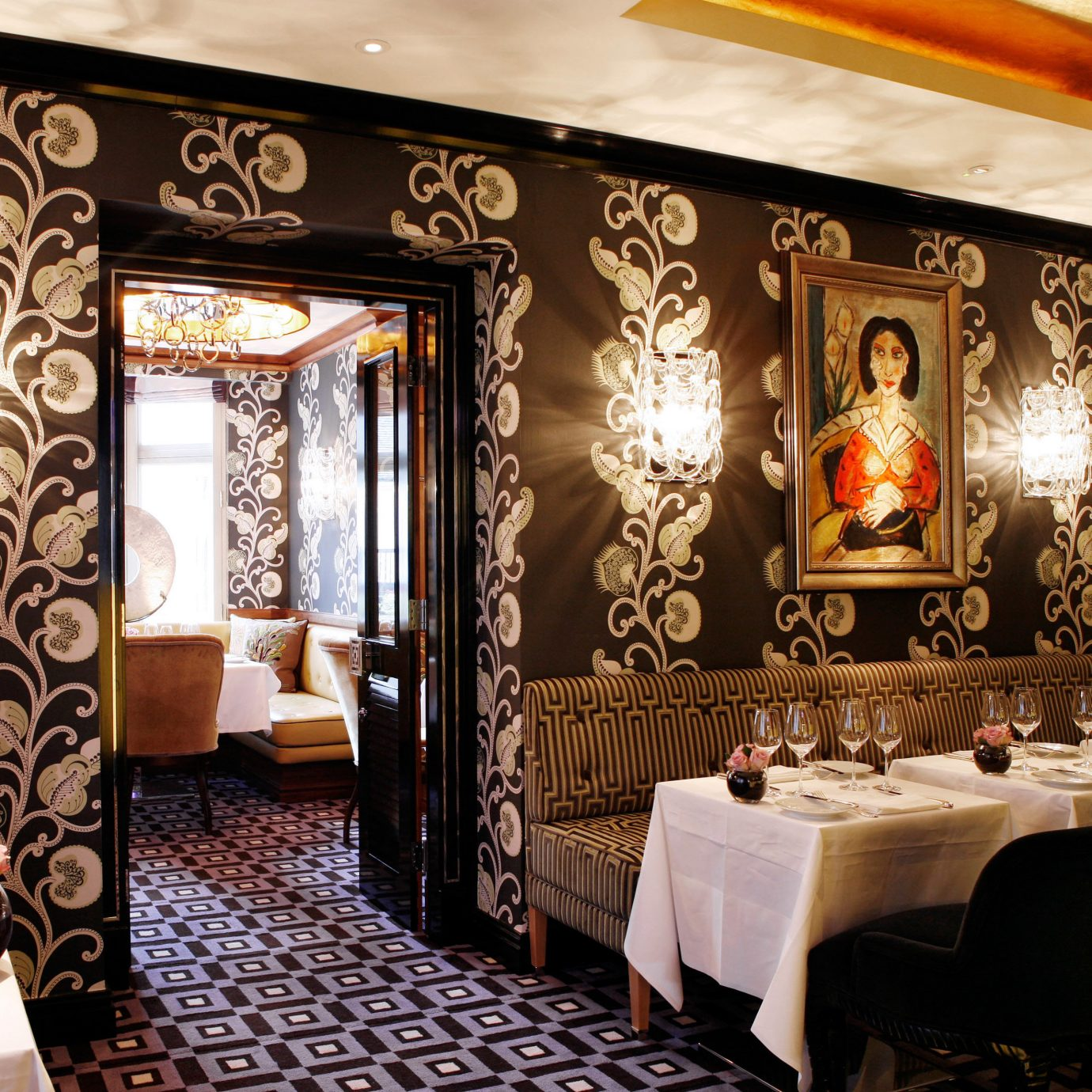 Dining Drink Eat Elegant Luxury Modern restaurant Lobby Suite function hall living room