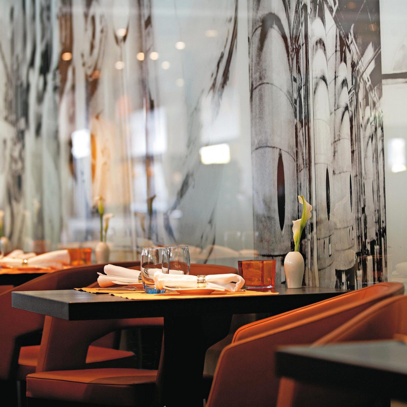 Dining Drink Eat restaurant set