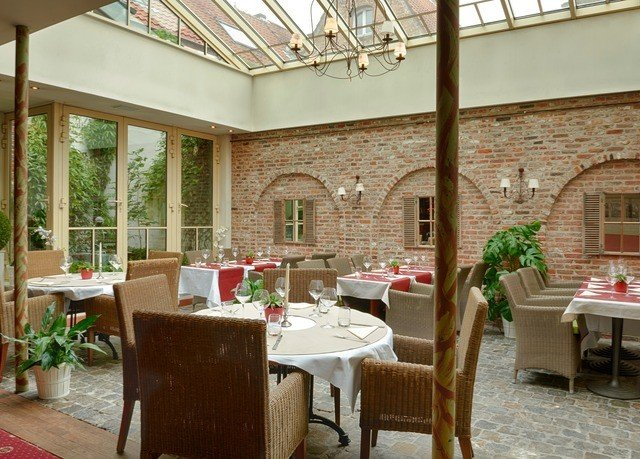 chair property restaurant Dining home porch hacienda cottage Villa