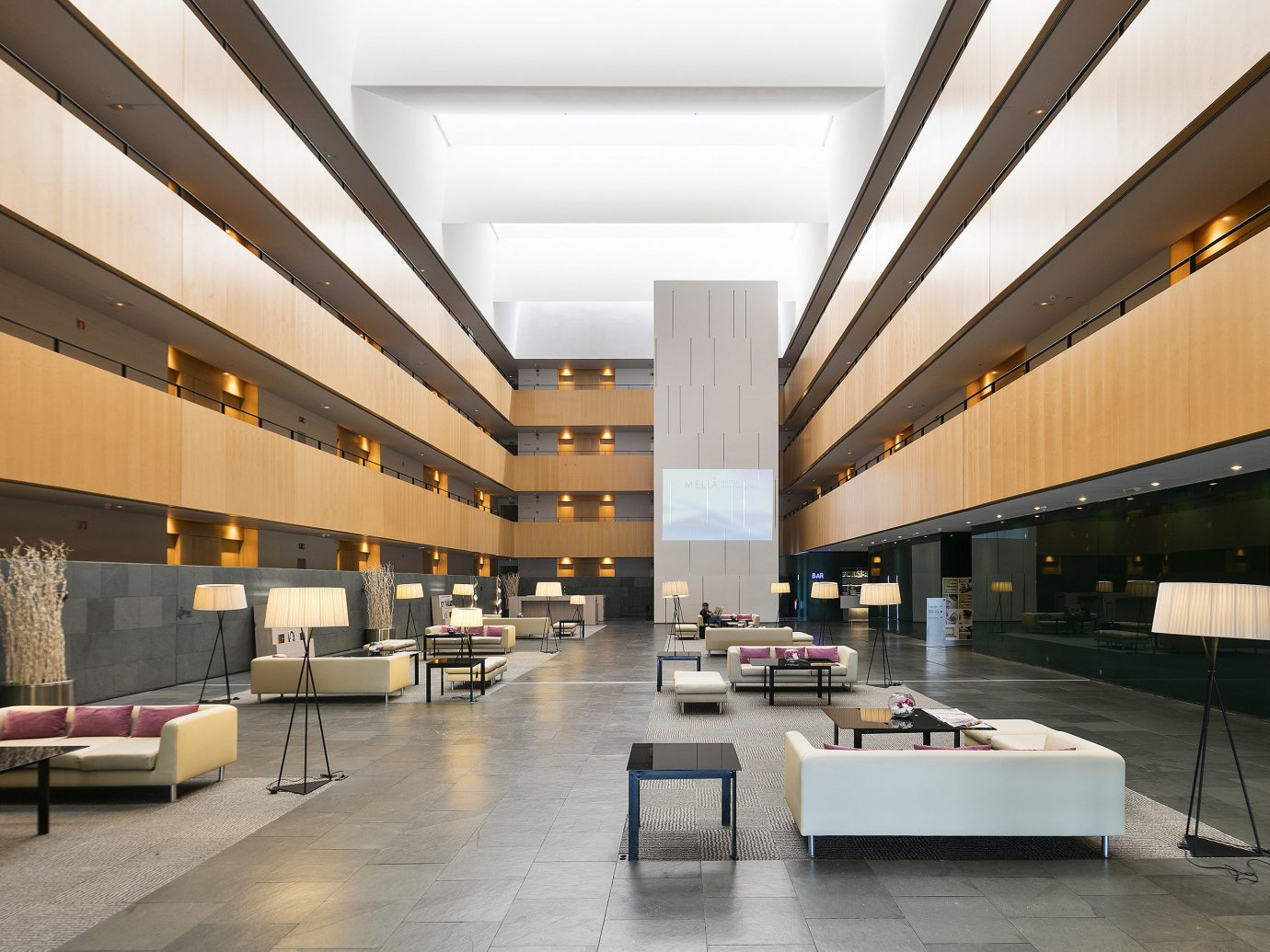 Travel Tips indoor floor Lobby Architecture ceiling headquarters interior design professional Design daylighting convention center plaza shopping mall real estate