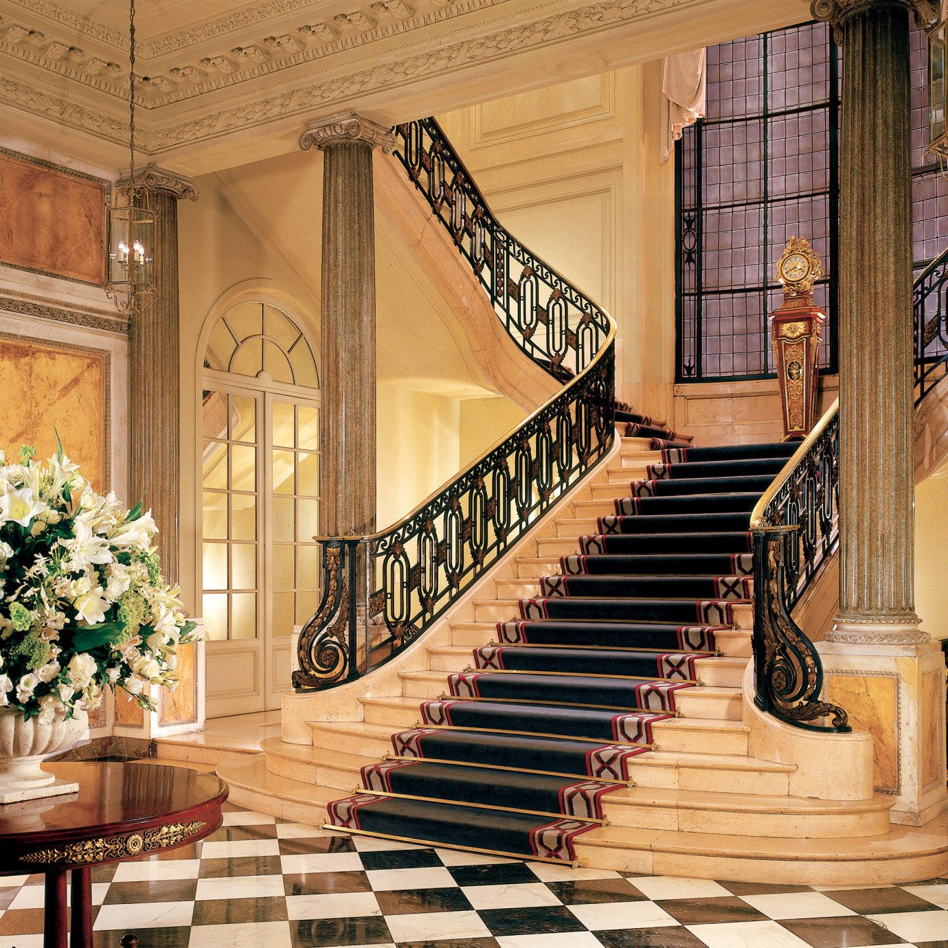 Elegant Historic Lounge Luxury stairs building Lobby home mansion living room