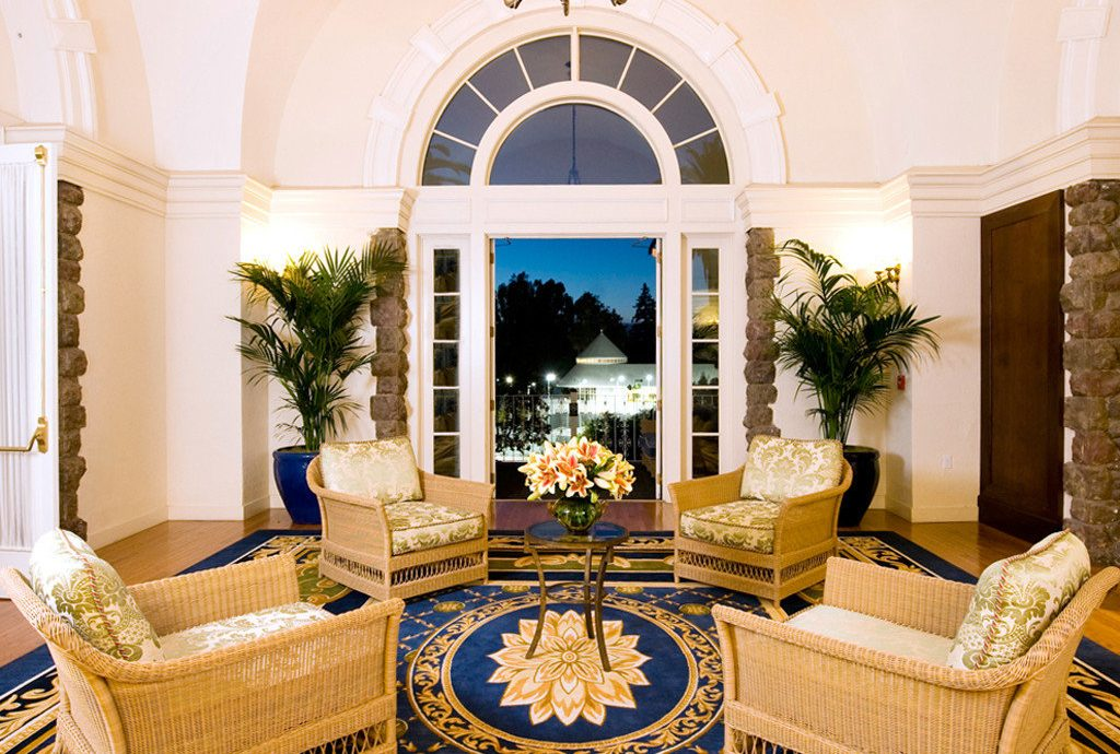 Elegant Lounge Luxury living room property home mansion fancy beautiful