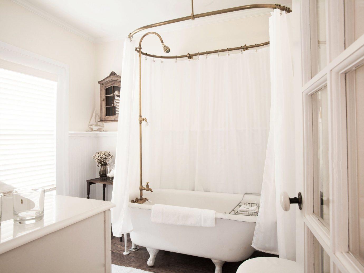 Trip Ideas indoor wall window bathroom room property interior design floor home white Design plumbing fixture curtain window covering cottage apartment furniture Bath bathtub
