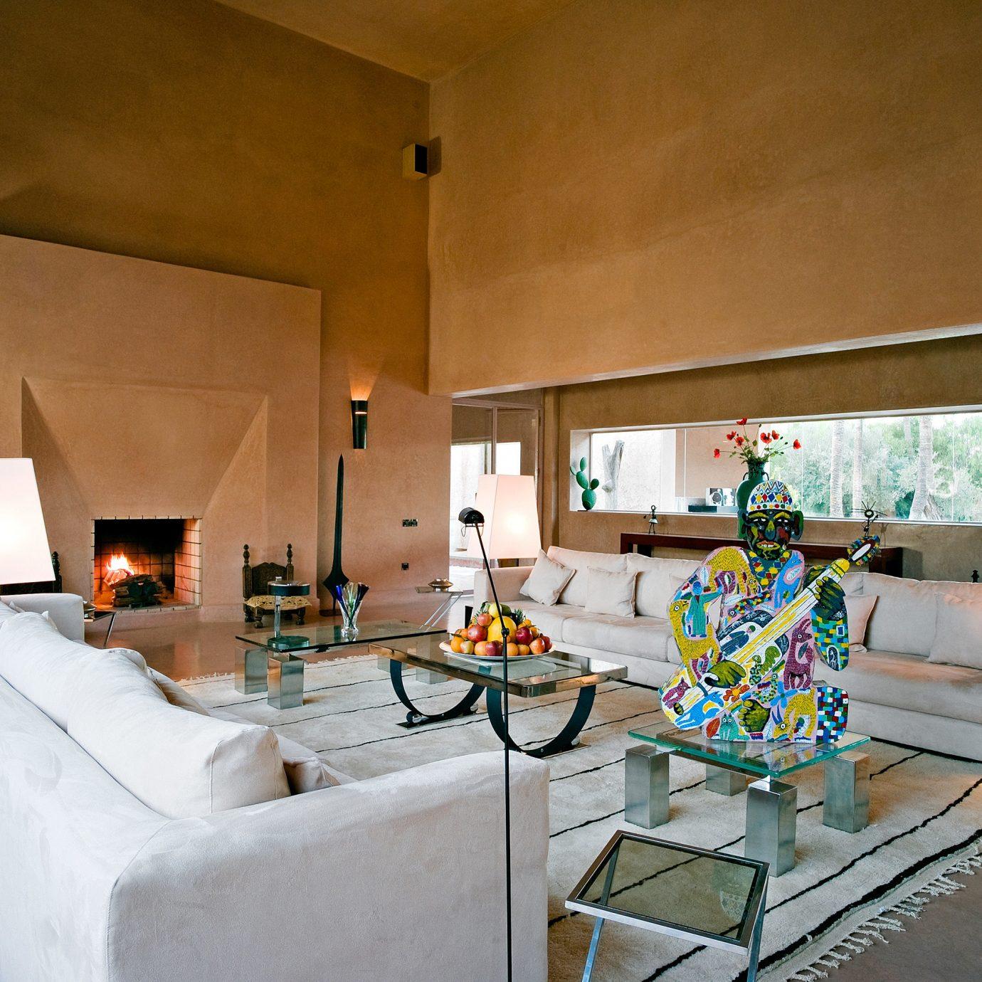 Family Suite property house home living room Villa restaurant