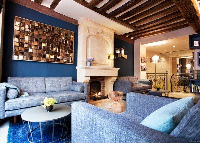 property living room home Fireplace Suite mansion cottage Villa condominium