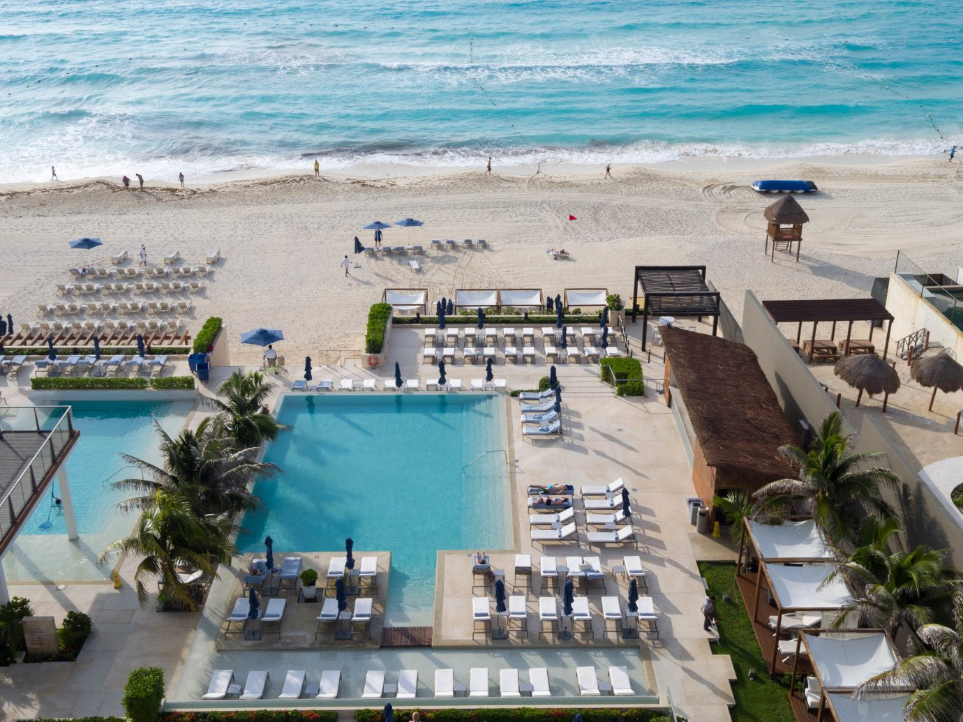 Aerial view of the pool at Secrets The Vine